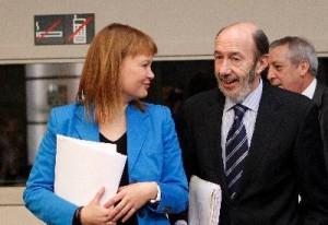 Pajín, una analfabeta devenida ministra: El anteproyecto de 'Ley de Igualdad' incurre en gravísimas faltas de ortografía Igualdad1-300x206