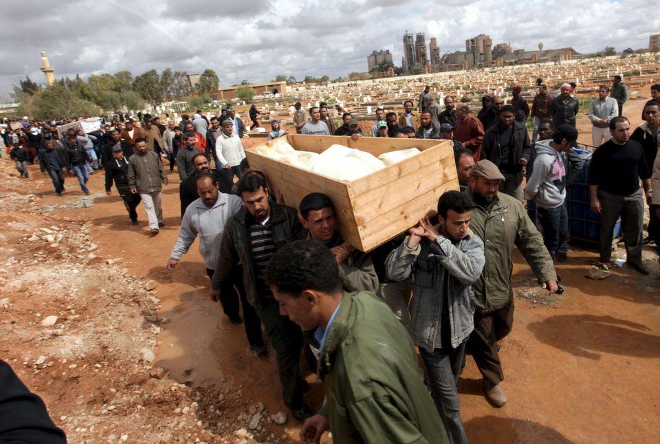 Libia. Internacionalismo proletario frente a apoyo a bandos capitalistas. - Página 10 Libia-guerra