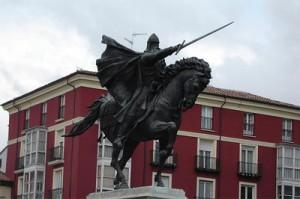 Estatua de El Cid Campeador, héroe de la resistencia española contra los invasores mahometanos.