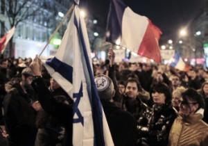 Manifestación ayer en París en protesta por el asesinato de Toulouse