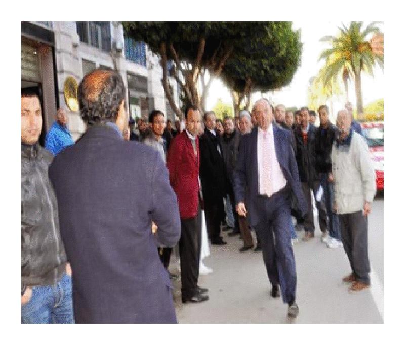 Jorge Cabeza, corriendo tras un marroquí por las calles de Nador.