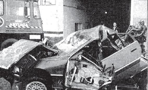 Gutiérrez Mellado, que trabajó siendo capitán a las órdenes del general Gabaldón, murió años después en un accidente de tráfico. Así quedó su vehículo.