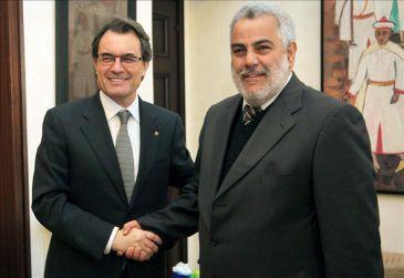 Artur Mas (i) y el presidente del Gobierno marroquí, Abdelilah Benkirán (d) ayer.