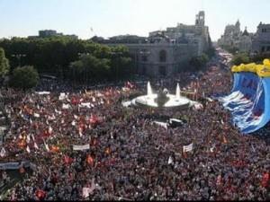 Multitudinaria manifestación contra el aborto en Madrid.