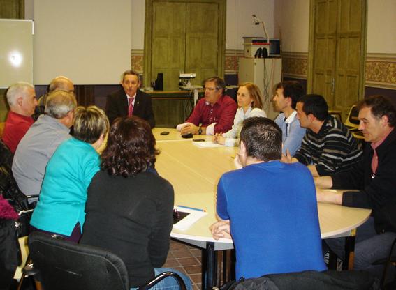 Anglada preside la reunión de la junta comarcal de Osona.