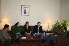 Representantes de la asociación de la prensa con el nuevo delegado del Gobierno en Melilla, el musulmán Abdelmalik El Barkani