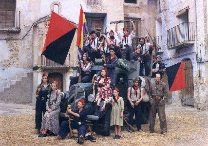 Imagen de 'Libertarias', un monumento cinematográfico al sectarismo casposo.