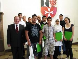 Yousef A-Abed, el cuarto por la derecha.