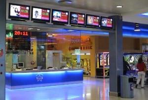 Taquillas de las salas de cine 'Sucre' de Vic.