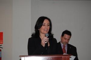 La presidenta de la asociación 'Mujeres por la Igualdad', Aicha Mohamed.