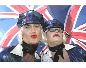 """La """"política de diversidad"""" promovida en el Reino Unido consiste en aceptar antes la homosexualidad que la heterosexualidad."""