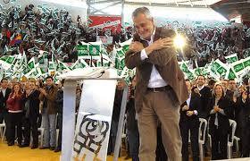 José Antonio Griñán, presidente de la Comunidad Autónoma de Andalucía, paradigma de corrupción y despilfarro.