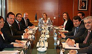 Reunión de la comisión bilateral Generalidad-Consejo General de Arán para la creación del Consejo de Política Lingüística del Occitano Aranés