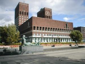 De los 20 consejales del Arbeiderpartiet en el Ayuntamiento de Oslo (imagen), 11 están ocupados por inmigrantes.