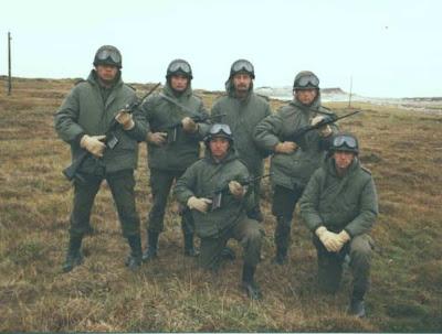 Soldados argentinos en las Malvinas.