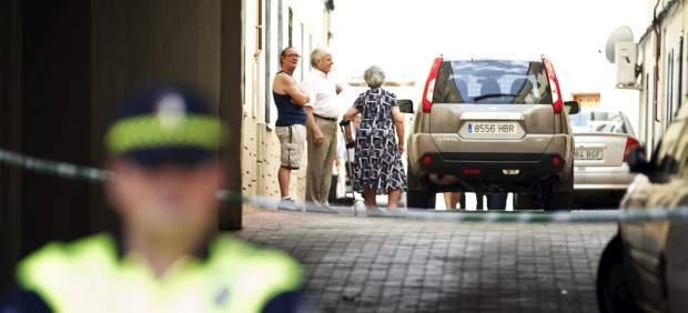 La Guardia Civil investiga la muerte de un bebé de pocos meses en una vivienda incendiada de la localidad de Torrijos (Toledo).
