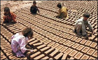 En la región del Punjab, miles de niños cristianos trabajan como esclavos.