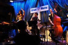 Eva Cortés durante su actuación en el neoyorquino Blue Note