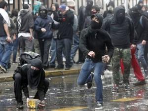 La izquierda filoterrorista sembró el caos en las calles para impedir el homenaje al general Pinochet.