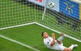 Gol fantasma de Ucrania en la Eurocopa 2012