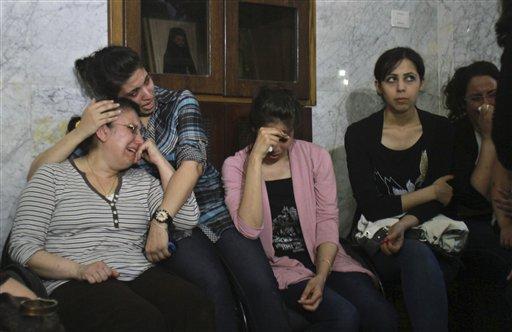 """Cristianos de Gaza protestan contra las """"conversiones forzadas""""."""