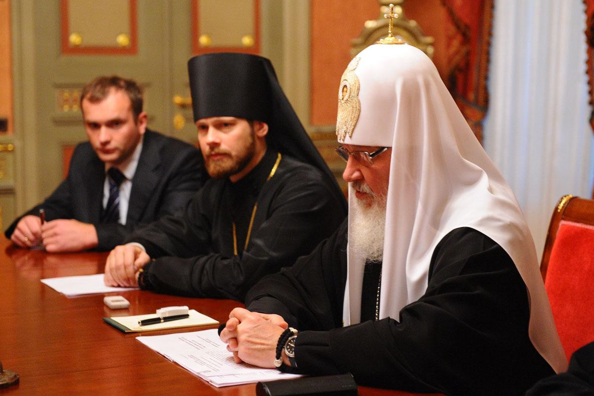 En el centro, Filipp Ryabykh.