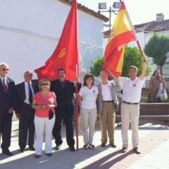 La delegación de DNE, con las banderas de España y Navarra.