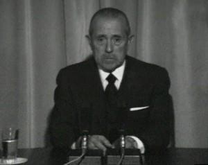 Carlos Arias Navarro, presidente del Gobierno en 1975, fue el encargado de anunciar a los españoles la muerte de Franco.
