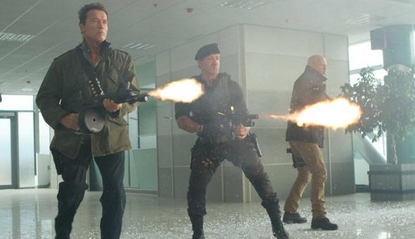 Mercenarios 2 (2012) de Simon West.