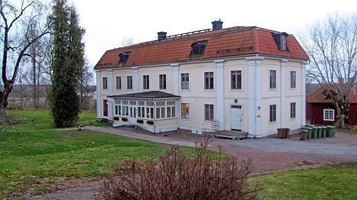 La mansión donde tuvieron lugar los hechos.