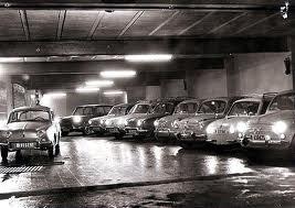 De la alpargata al Seat 600: Un garaje en Barcelona, años 60.