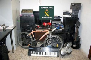 Los aparatos electrónicos, objetivo de la banda.
