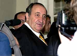 El partido de Gil ganó las elecciones de 1999 en Melilla, aunque lejos de la mayoría absoluta.