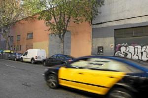 Nave industrial de la calle de Pamplona en Barcelona.