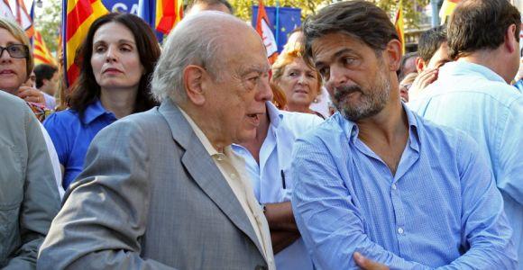 Jordi Pujol y uno de sus hijos