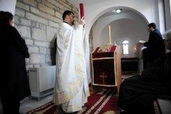 La Iglesia ortodoxa es un lugar de encuentro para los escasos serbios residentes en Pristina.