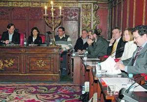 Pleno en el Ayuntamiento de Vic.