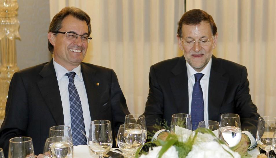 Mariano Rajoy (d) y Artur Mas.