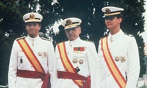 El Rey, Don Juan de Borbón y el Príncipe, en una foto de archivo.