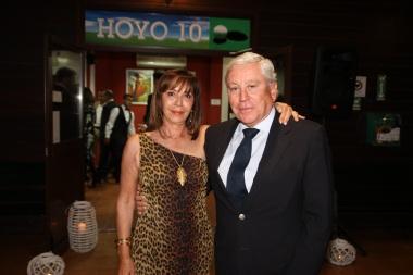Enrique Bohórquez y su compañera sentimental