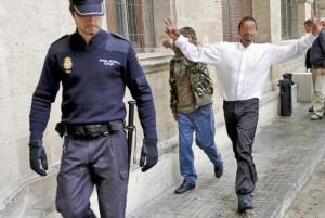 El acusado de agredir al policía cuenta con numerosos antecedentes.