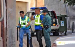 La Guardia Civil investiga el caso del ladrón magrebí en la UCI tras una agresión.