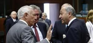 Margallo habla con su homólogo frances.