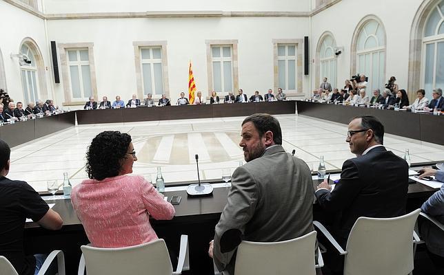Artur Mas ha convocado a partidos y entidades en la reunión del Pacto por el Derecho a Decidir
