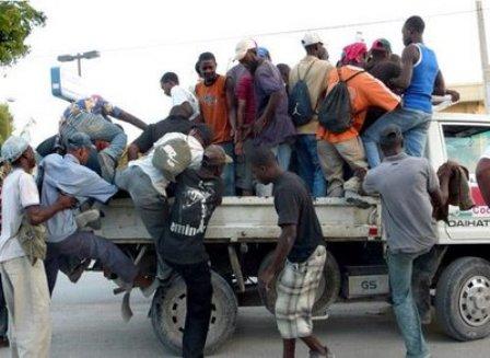 Inmigrantes haitianos son repatriados por las autoridades de la República Dominicana