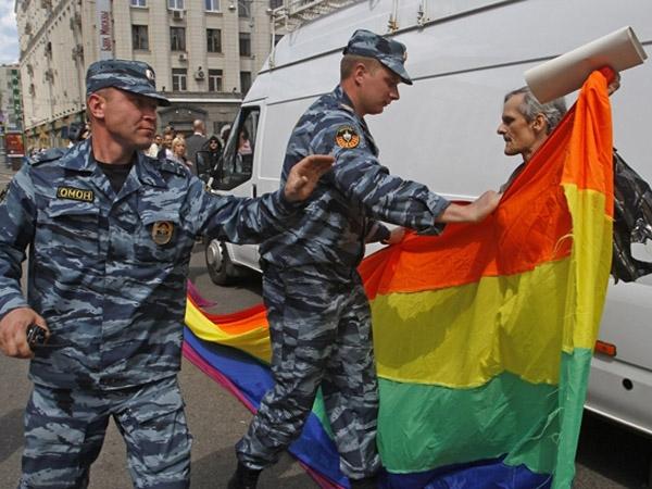 Resultado de imagen para RUSIA NO ACEPTA PROPAGANDA PUBLICA HOMOSEXUAL