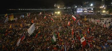 Panorámica de la playa de Copacabana durante la celebración.
