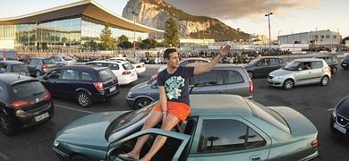 Colas para entrar en Gibraltar.