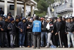 Tunecinos en Lampedusa