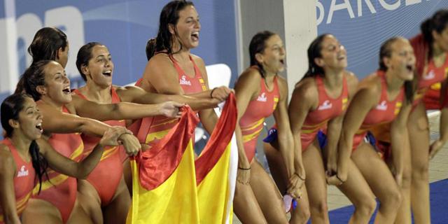 Las chicas del waterpolo, oro en Barcelona 2013